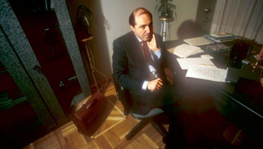 Борис Березовский в своем рабочем кабинете, 1996. Фото: bigpicture.ru/