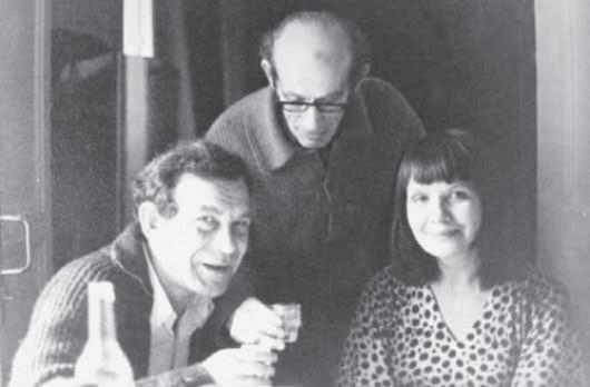 Юлий Даниэль, художник Борис Биргер и Ирина Уварова-Даниэль. Фото: bungalos.ru